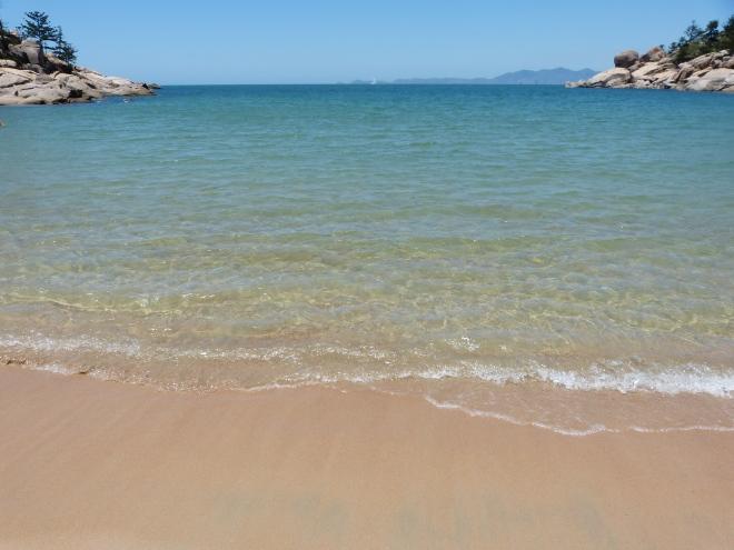 magnetic_island_alma_bay2.jpg