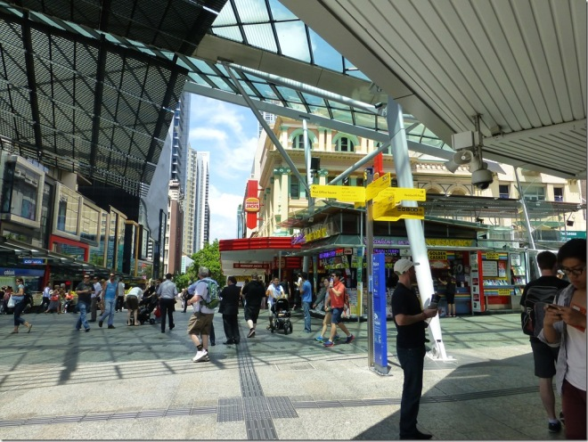 shopping_brisbane_queen_street2.jpg