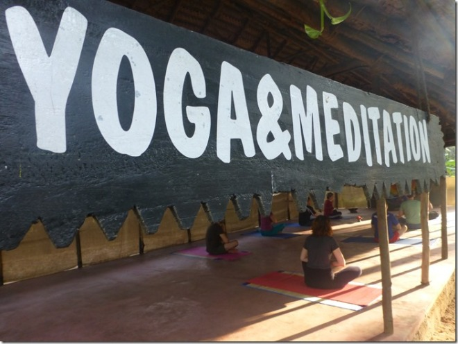 kadaltheeram_ayurvedic_beach_resort_yoga2