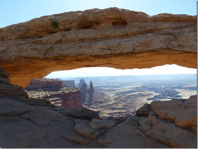 canyonlands_mesa_arch1.jpg