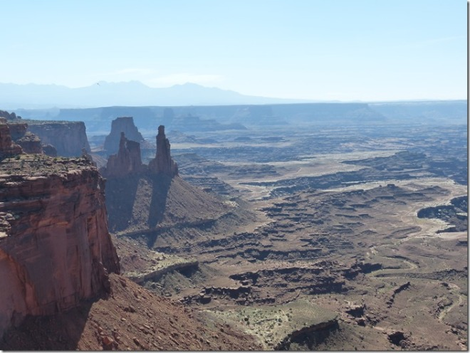 canyonlands_mesa_arch2.jpg