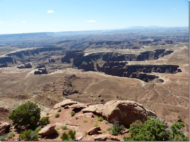 canyonlands_view_point2.jpg