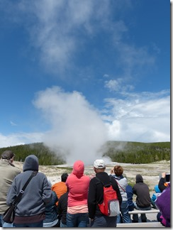 yellowstone_old_faithful3.jpg