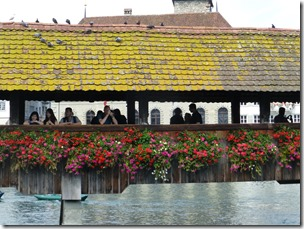 lucerne_chapel_bridge2.jpg