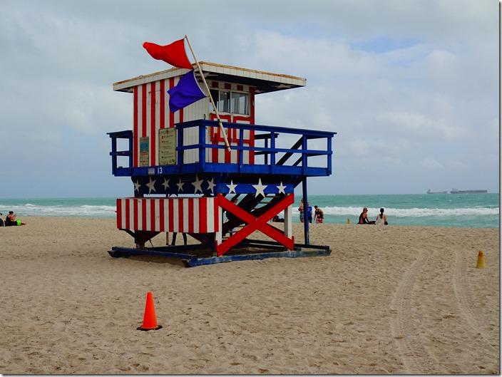 miami beach life guard hut 4