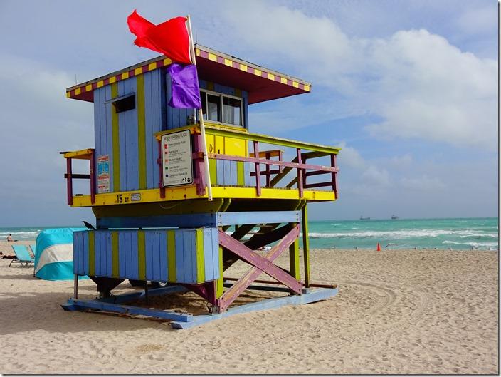 miami beach life guard hut 6